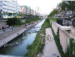 Cheonggyecheon (Stream)