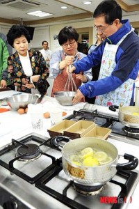 "[Mayor Park Won Soon's Hope Journal 469] ""A Visit to the Mapo-gu Jungbu Women's Development Center"""