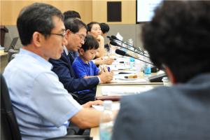 "Mayor Park Won Soon Receives Top Prize at ""Manifesto Promise Awards"""