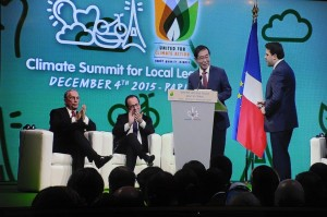 """Paris City Hall Declaration: A Decisive Contribution to COP 21"" jointly adopted under the honorary chairmanship of Seoul Mayor Park Won Soon"