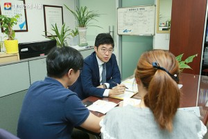 """Seoul Village Lawyers"" Have Solved 10,000 Legal Cases Helping Citizens in Agony!"