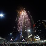Celebratory_Fireworks_at_the_Lotte_World_Tower4