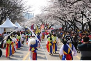 The Spring of Seoul with Fun Festivals