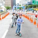 Enjoy Skateboarding and Yoga at Gwanghwamun in June