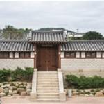 Centennial Hanok, Baek In-Je House, Opens for Night Operation