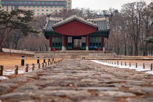 Seolleung and Jeongneung Royal Tombs, Seoul