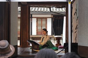 April Spring Programs at Bukchon Traditional Culture Center