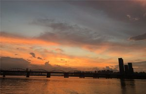 Seoul Begins Nightscape Tour around Banpo Hangang Park during Summer