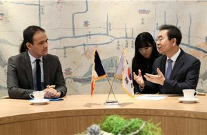 Mayor of Seoul Talks with Secretary of State for Digital Affairs of France