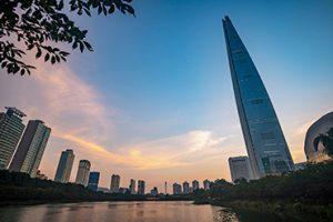 Seokchon Lake