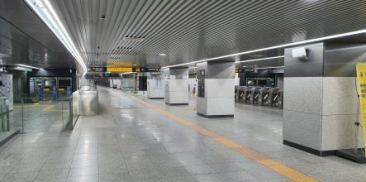 Transformation of Four Dilapidated Subway Stations in Seoul