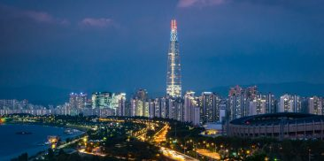 Seoul to expand and tighten the caring services for the COVID-19 vulnerable by widening the access to welfare support