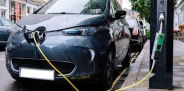 Seoul's Multipurpose Smart Poles Become Ubiquitous