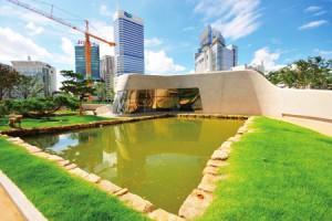 Dongdaemun Design Plaza & Park(Zaha Hadid)